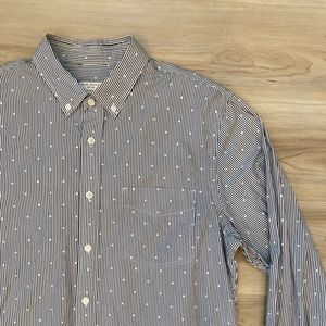 Club Monaco Long Sleeve Button Up